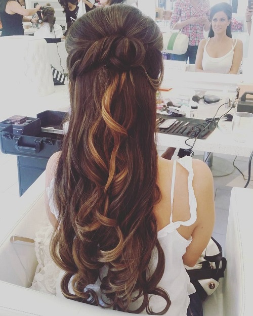 19-half-up-long-wedding-hairstyle